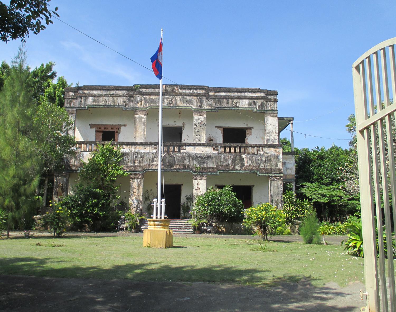 Kambordja-Nygren-framskt-kolonialhus
